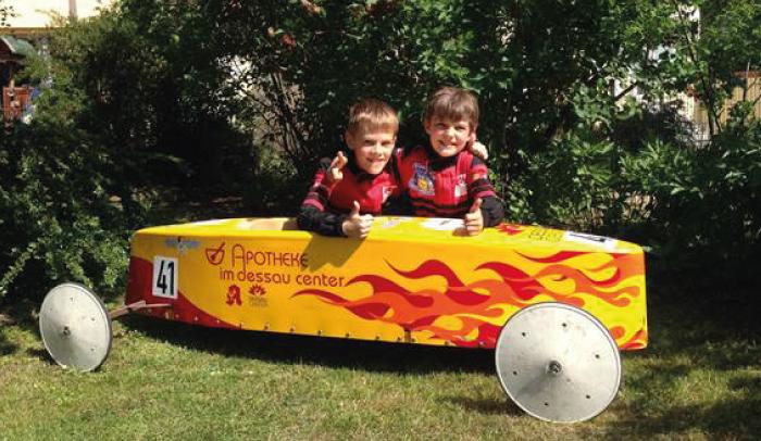 Seifenkistenrennen mit dem Team des Dessau Centers